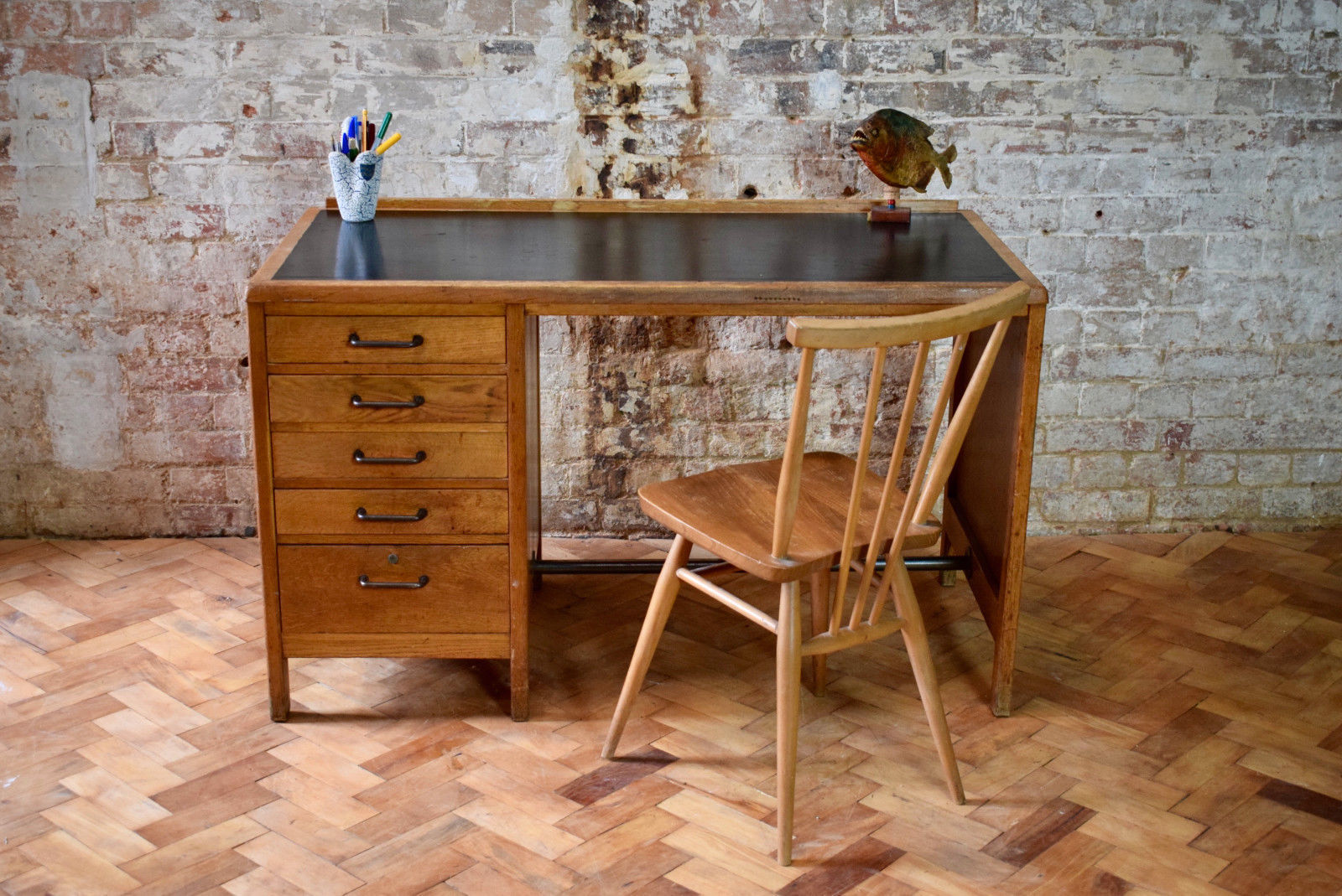 vintage mid century mod oak desk 0
