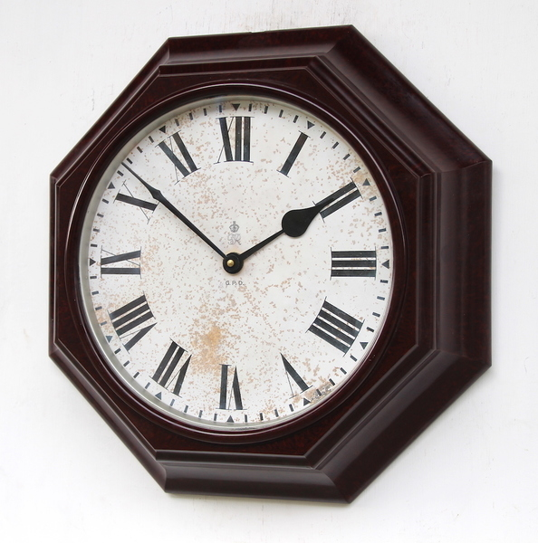 Classic 1950s Gpo Bakelite Cased Vintage Wall Clock. Fully Guaranteed.