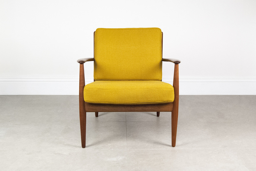 Grete Jalk Teak Lounge Chair photo 1