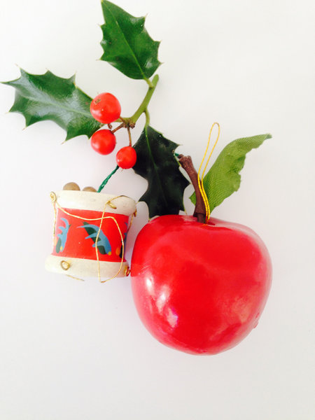 Set Of 2 Original Vintage Wooden Nordic Christmas Ornaments. 2 Cute Original 1950's Mid Century Decorations. Apple & Drum.