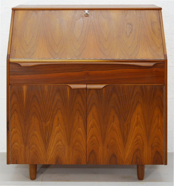 Mid Century Walnut And Rosewood Bureau By Sutcliffe – Todmorden photo 1