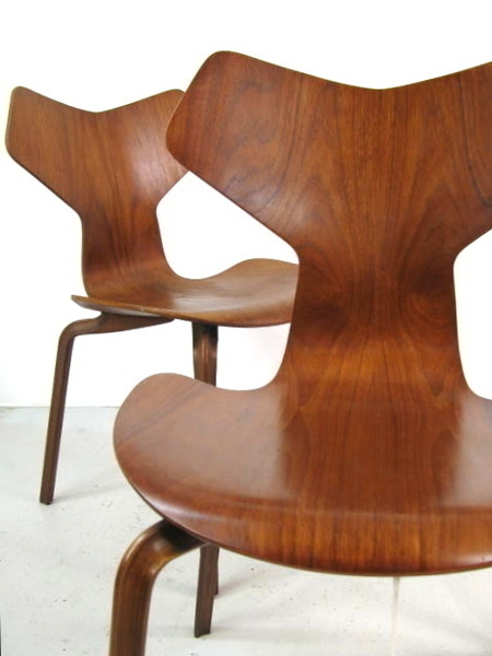Arne Jacobsen Grand Prix Chair Model 3130 For Fritz Hansen