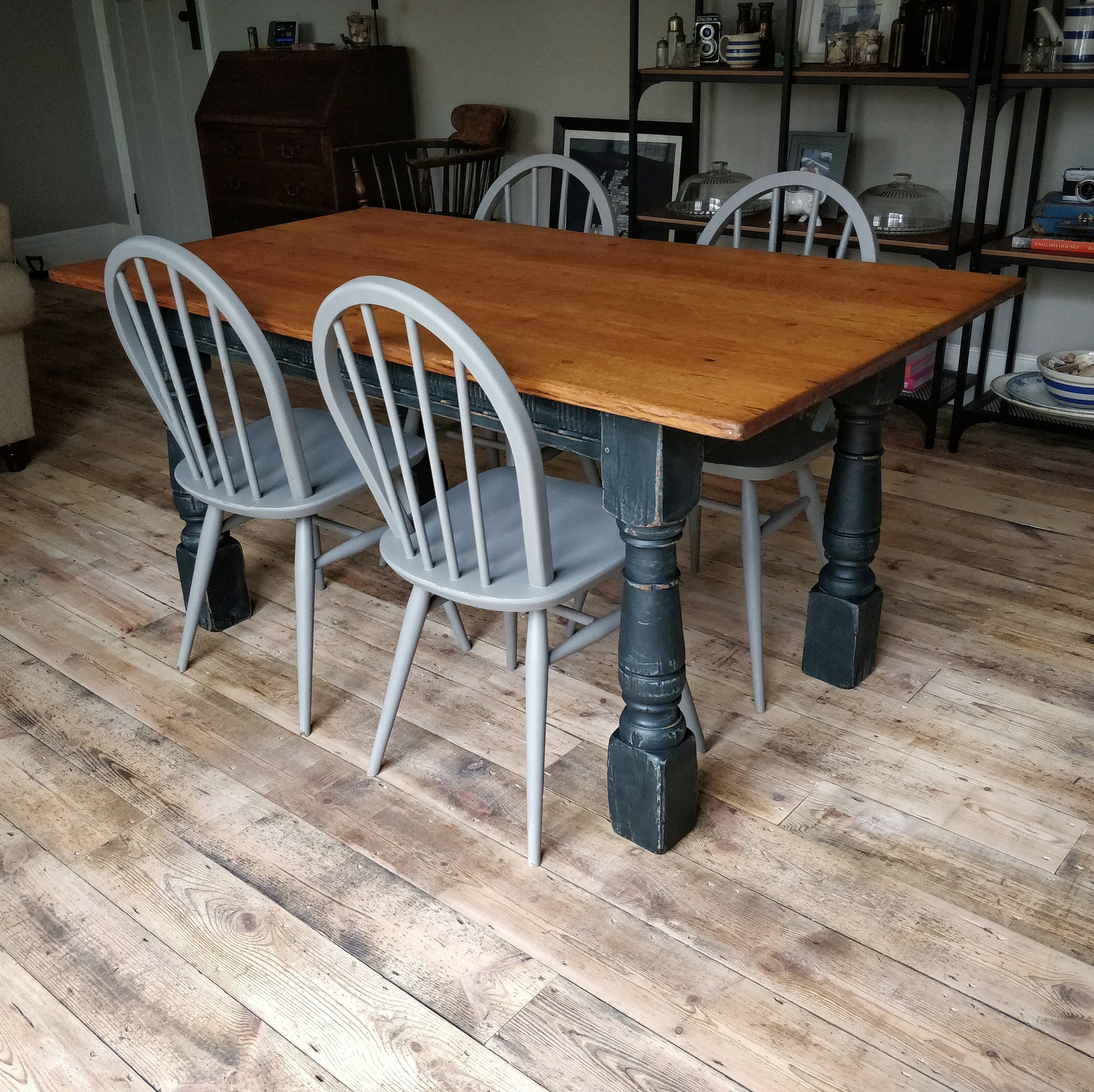 Beautifully Rustic Solid Oak Dining Table And 4 Ercol Chairs Kitchen Vintage Painted