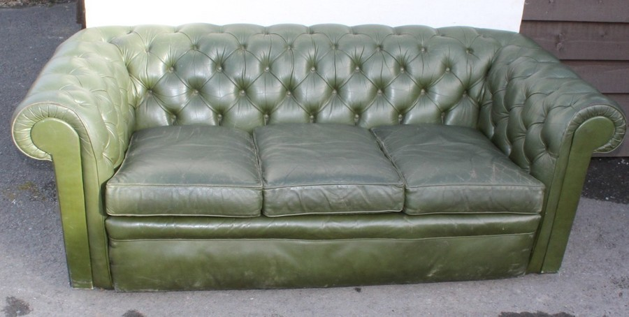1960s Green Leather 3 Seater Chesterfield Sofa | Vinterior