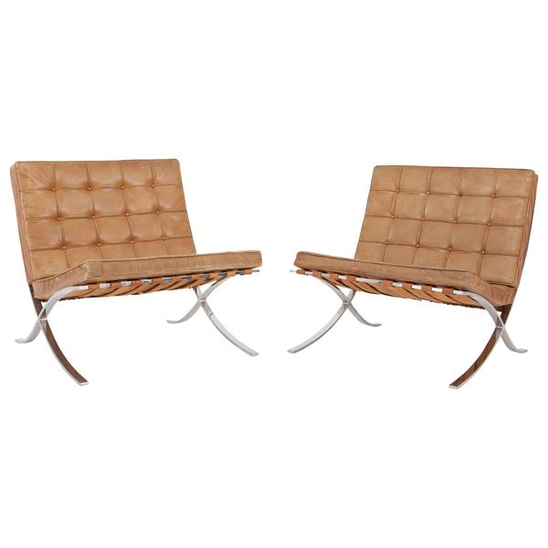 Barcelona Lounge Chairs By Ludwig Mies Van Der Rohe In Original Cognac Leather