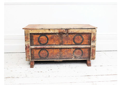 aefcc3e9869 An Early 19th Century Painted Italian Blanket Chest