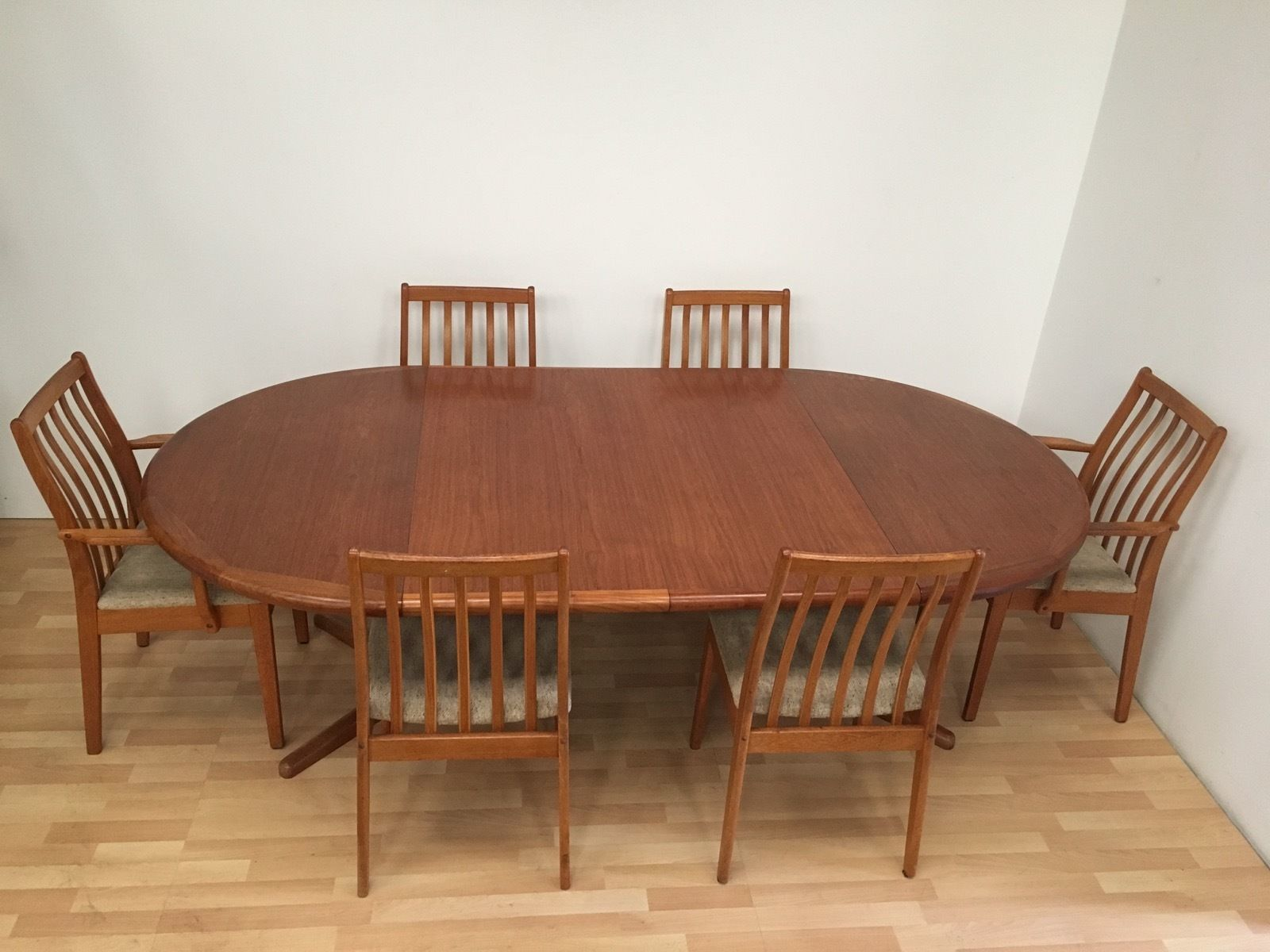 Sensational Rare Danish Vamdrup Stolefabrik Mid Century Teak Dining Table And Six Chairs Beatyapartments Chair Design Images Beatyapartmentscom
