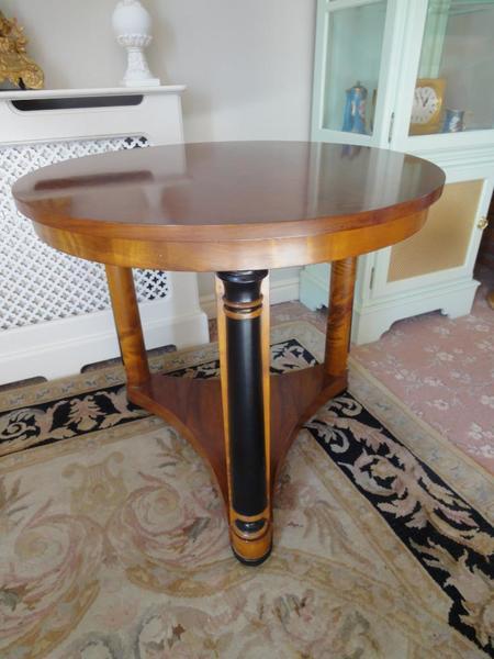 Art Deco Style Walnut Ebonised Side Table photo 1