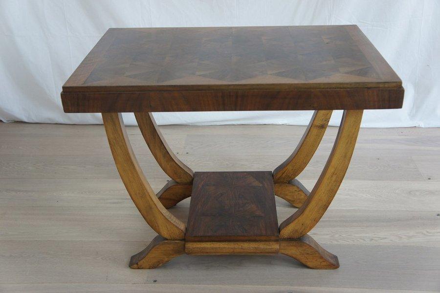 1950's Walnut Veneer Gueridon Side Table