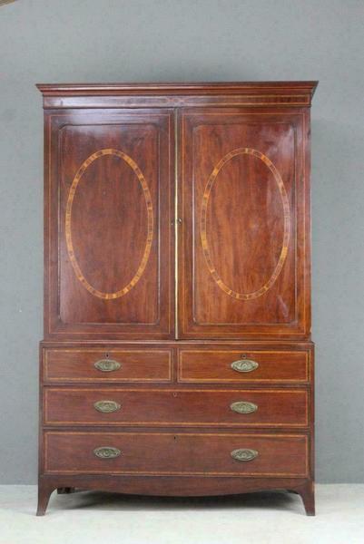 Good Quality 19th Century Antique Mahogany Sheraton Linen Press Wardrobe Armoire