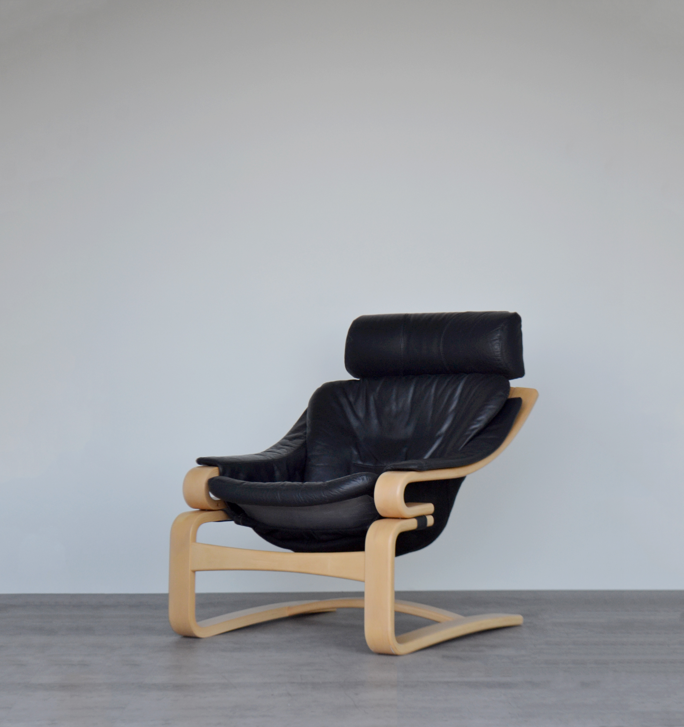 Rare Vintage Mid Century Danish Bentwood Black Leather And Beech Apollo Chair Armchair Lounge Chair By Svend Skipper For Skippers Mobler Skipper Vinterior