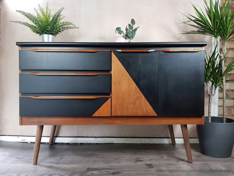 Mid Century Sideboard With Geometric Design