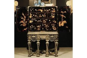 Thumb late 17th century english cabinet on stand 0