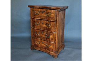 Thumb 17th century italian chest of drawers 0