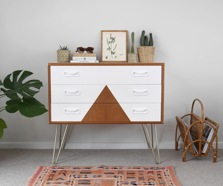 G Plan Chest Of Drawers In White With Triangle Design Amp Gold Hairpin Legs G Plan Vinterior