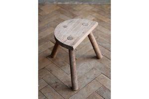Thumb vintage mid century wooden milking stool 0