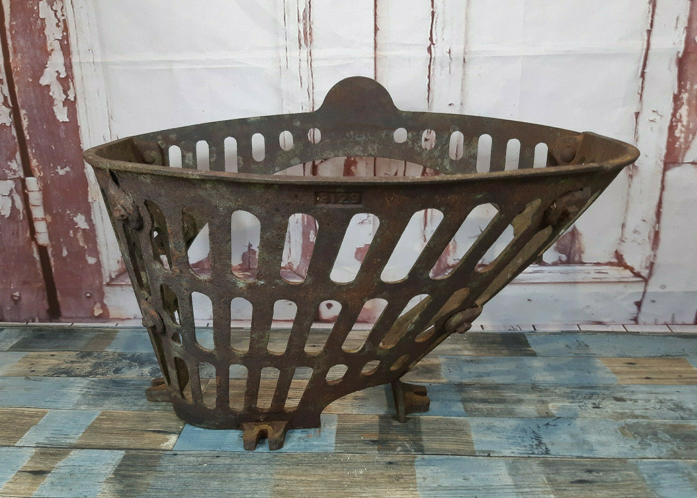 Vintage Metal Cast Iron Log Basket Wall Planter Plant Pot Garden Art Ornament Vinterior