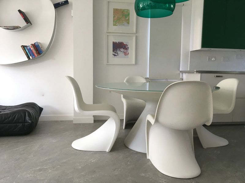 4 X Genuine Vintage Retro Funky Design White Verner Panton Chairs By Vitra