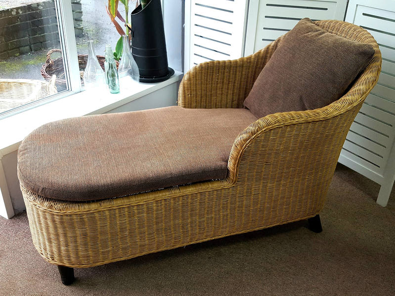 Vintage Wicker Chaise Lounge