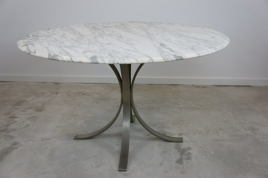 1960's Roger Sprunger Style Marble Top Metal Leg Circular Dining Table