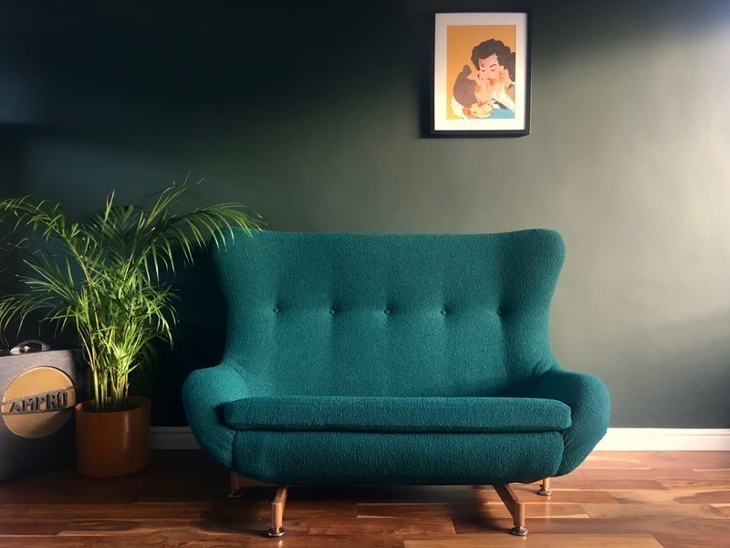 Rare Mid Century Modern Egg Sofa By Greaves & Thomas (Fully Reupholstered Bute 'Tiree' Fabric)