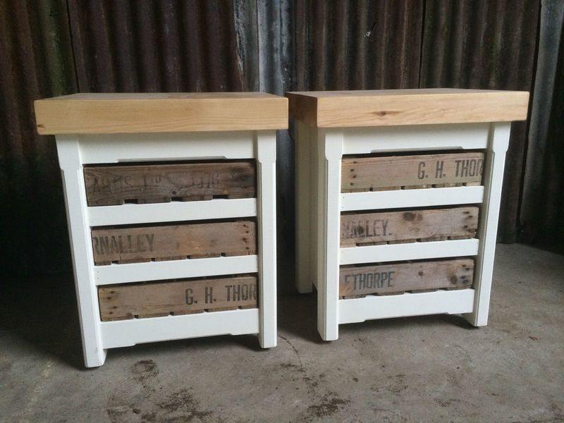 2 Rustic Wooden Pine Shabby Chic Bedside Tables Stands Side End Lamp Tables