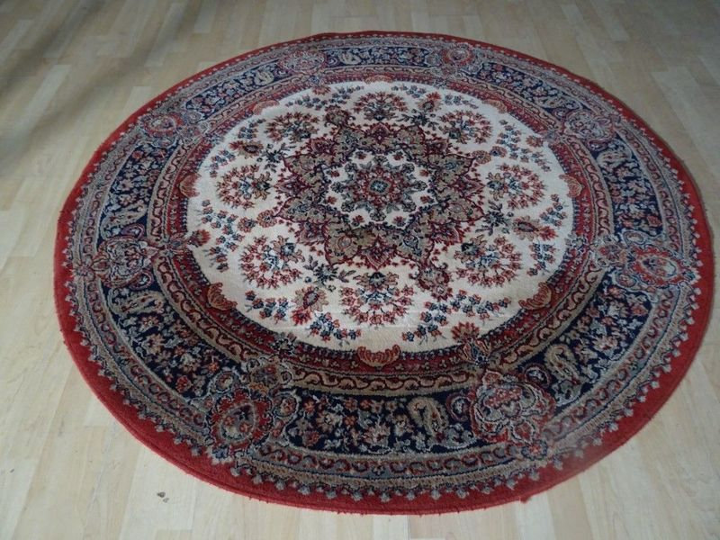 Round  Persian Design Carpet Or Rug In Pure Wool , Antique Style  5ft 6