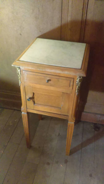 Antique Louis Style Marble Top Bedside Cupboard With Ormolu Decoration