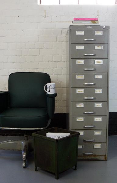A 1940 S Vintage Grey Art Metal Of London 9 Drawer Cabinet