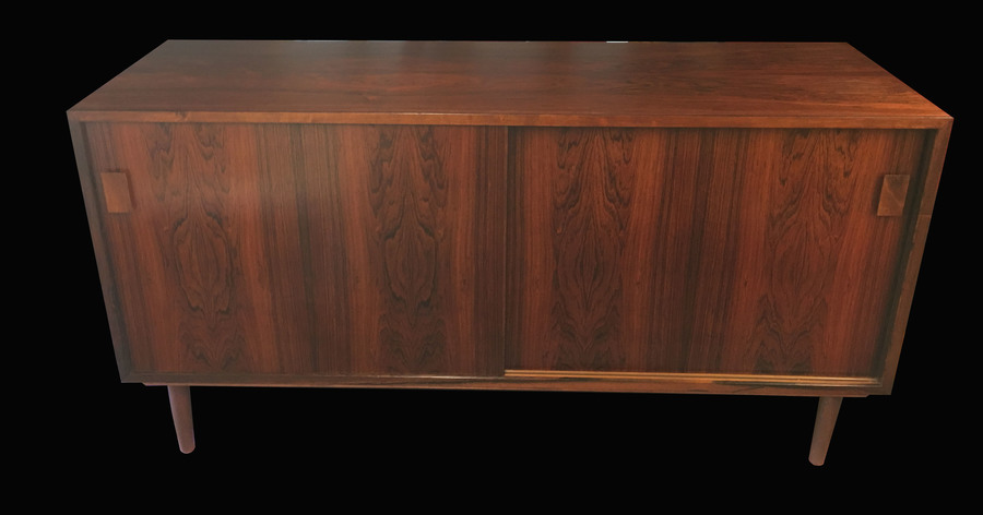 Small Danish Rosewood Sideboard With 2 Doors.