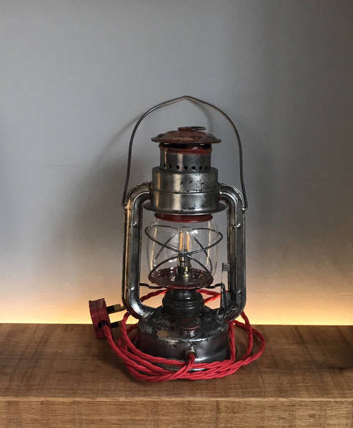 Vintage Lamp Little Red