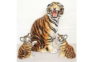 Thumb stunning mid century italian ceramic tiger statue with cubs 1970s hollywood regency statement piece 1970s 0