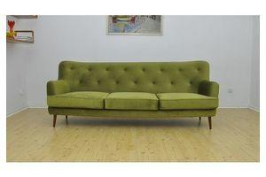 Thumb mid century velvet sofa 1960s 69d33bd0 d725 4c64 8c66 5cca183eb76c 0