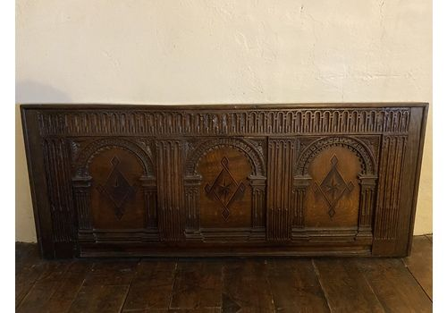 Elizabethan Panelling / Headboard For A Double Bed.