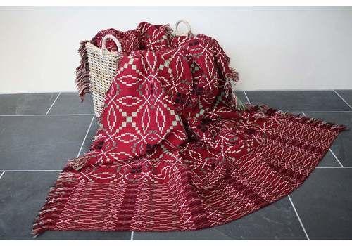 Red & Green 'All Sort' Tapestry Blanket
