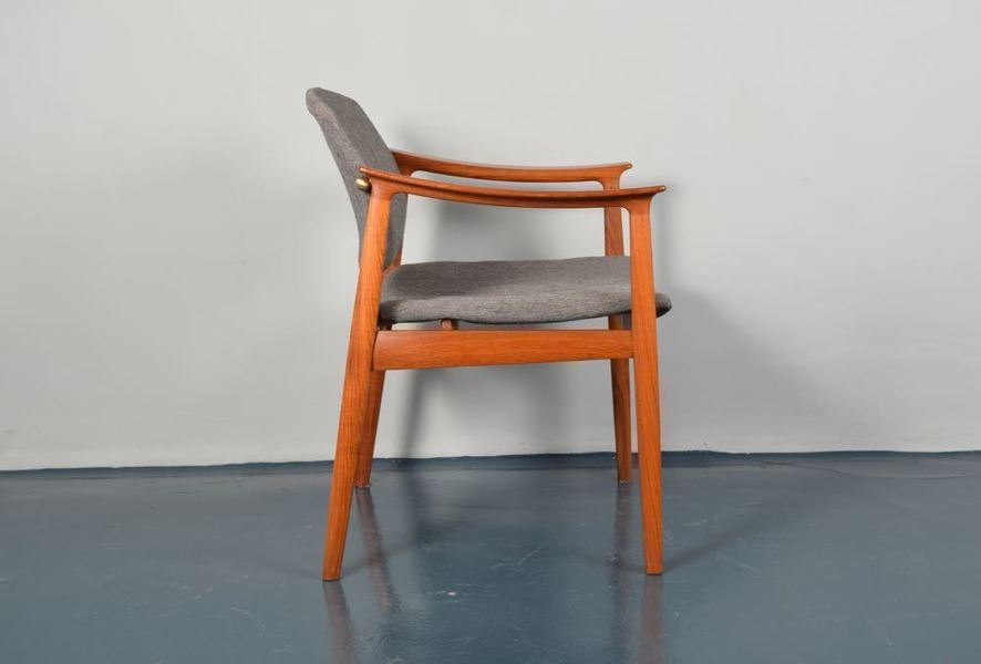 Tove And Edvard Kindt Larsen For France And Son Teak Armchair photo 1
