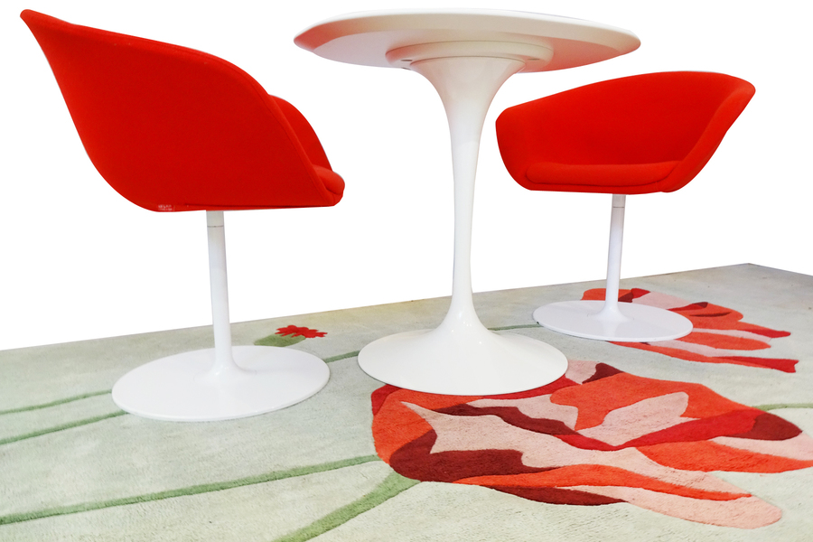 Eero Saarinen Knoll Studio Table 'Breakfast' Set Comprising Side Table, Chairs And Rug