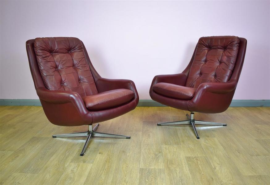 (1 Of 2) Mid Century Retro Danish Burgundy Leather Swivel Lounge Arm Chair 1970s