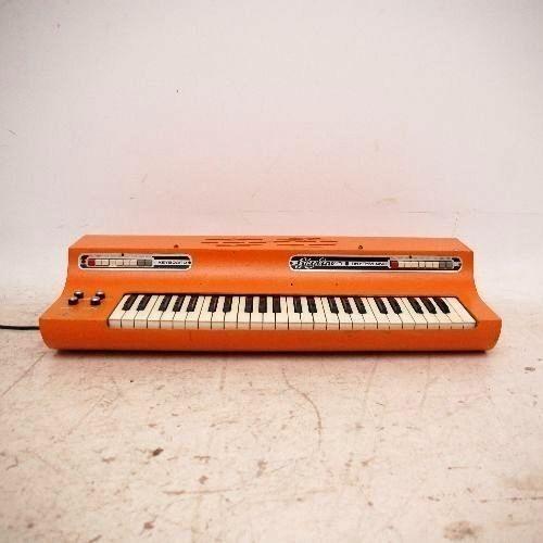 Retro Skyline Rhythm Unit Keyboard Synthesiser – Gis Production – Vintage 1970's