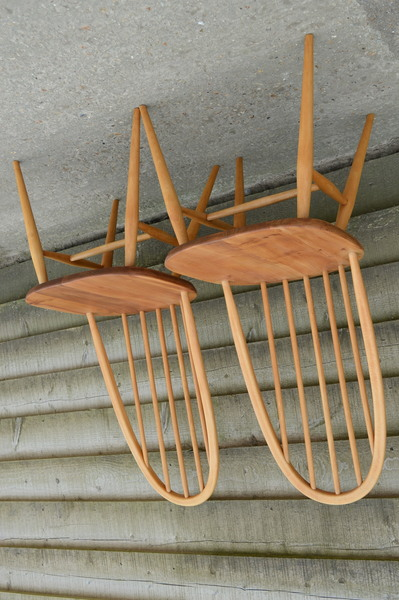 Ercol: Two Exceptional Vintage Quaker 365 Dining Chairs